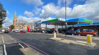 petrol-station-queues-uk
